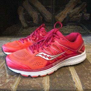 Like New Saucony Omni 16 Everun running shoes 10